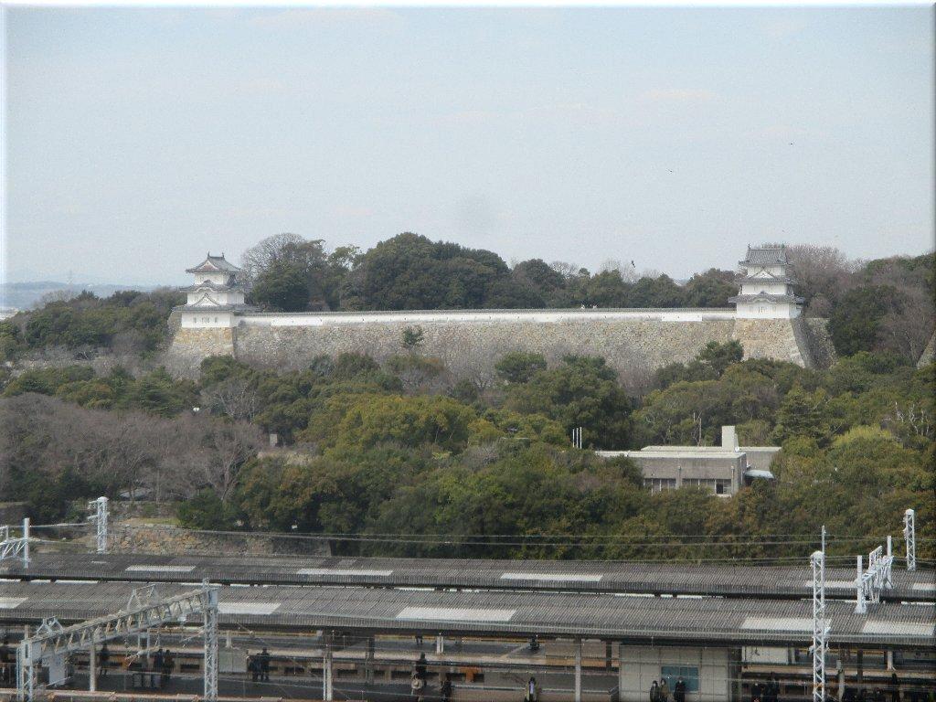 パピオスあかし6階から見た明石城