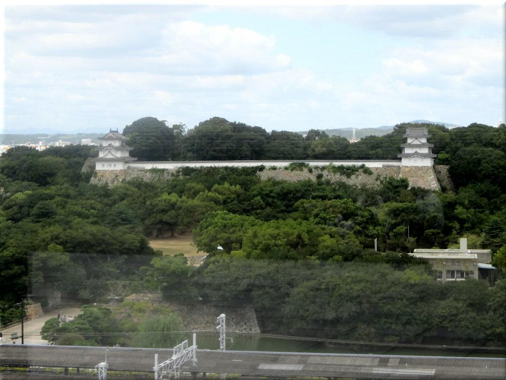 パピオスあかし屋上から見た明石城