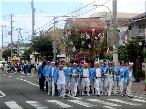 岩屋神社秋祭り 地区巡行 2