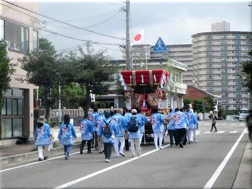 岩屋神社秋祭り 地区巡行 3