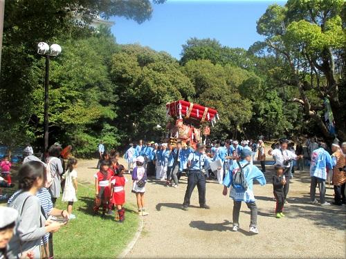 岩屋神社秋祭り 地区巡行 7