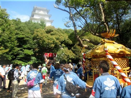 岩屋神社秋祭り 地区巡行 9