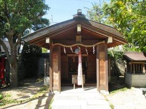 福徳三宝荒神社 社殿